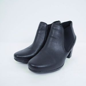 Clarks Collection Soft Cushion Ankle Boots